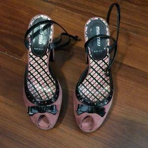 MIU MIU vintage platform heels!